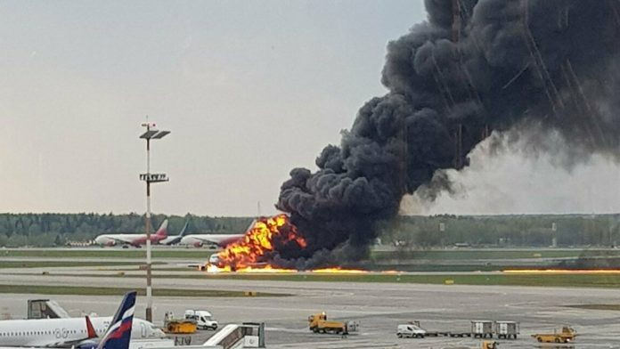 Moscow airport plane fire: Forty-one people killed in Aeroflot crash landing