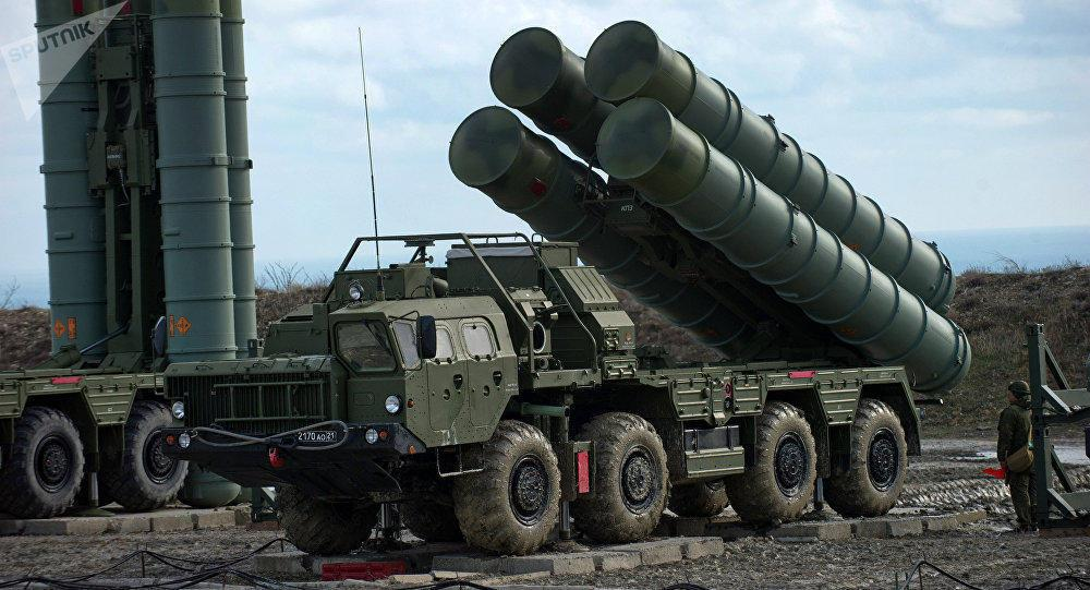 Cavusoglu talks situation around supplying Russian S-400 missiles to Turkey